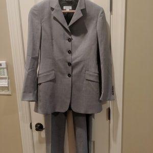 Barney's New York 2 piece men's suit